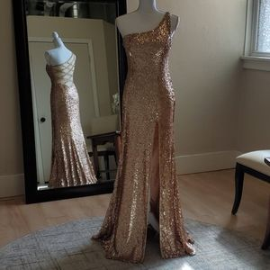 Size 6 deep gold sequin one shoulder gown